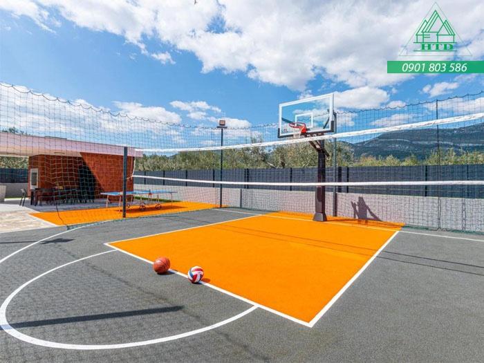 thi công sơn sân bóng rổ